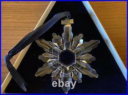 1998 Swarovski Snowflake Annual Christmas ORNAMENT with Box & certificate