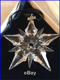 2001 Annual Swarovski Crystal Snowflake Christmas Tree Ornament In Both Boxes