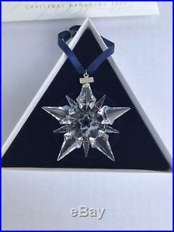 2001 Swarovski Crystal Annual Christmas Ornament Star Snowflake withBox (AR1)