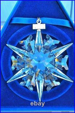 2002 Swarovski Crystal Snowflake Ornament Mint In Box