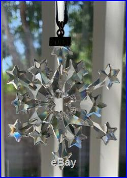 2004 Annual Swarovski Crystal Christmas Ornament