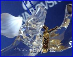 2004 Nib Swarovski Crystal Annual Angel Christmas Ornament #665054