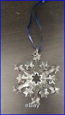 2004 Swarovski Crystal Annual Limited Edition Christmas Ornament/Snowflake