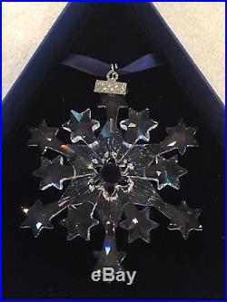 2004 Swarovski Crystal Star Christmas Rockefeller Center Ornament w Triangle Box
