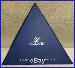 2005 Swarovski Crystal Annual Star/Snowflake Christmas Ornament with Box