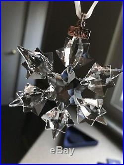 2010 NEW Swarovski Crystal Large Snowflake Christmas Ornament NIB