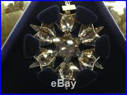 2010 NEW Swarovski Crystal Large Snowflake Christmas Ornament with certificate