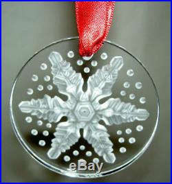 2013 LALIQUE SNOWFLAKE flocon de neige CHRISTMAS TREE ORNAMENT mint in box