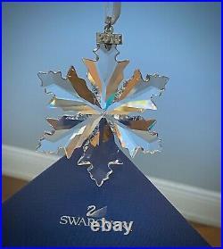 2014 Swarovski Crystal Christmas Ornament Star Snowflake in Box