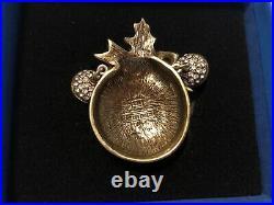 HEIDI DAUS Ornament Pendant Magnetic