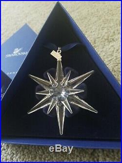NEW Swarovski Crystal 2005 Christmas STAR/SNOWFLAKE ORNAMENT NIB WithCOA 2