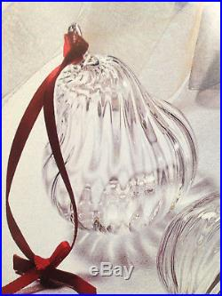 NEW in BOX STEUBEN PEAR ORNAMENT XMAS HEART CRYSTAL Holiday FRUIT