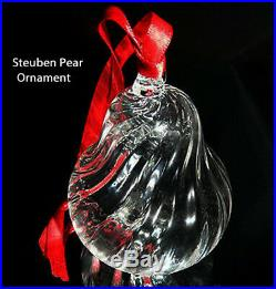 NEW in BOX STEUBEN art glass HOLIDAY PEAR ornament crystal XMAS tree heart love