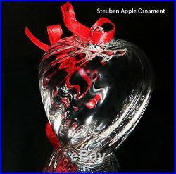 NEW in BOX STEUBEN glass HOLIDAY APPLE ornament crystal XMAS tree heart art