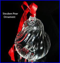 NEW in BOX STEUBEN glass HOLIDAY PEAR ornament crystal XMAS tree heart love