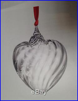 NEW in BOX STEUBEN glass PUFFY HEART ORNAMENT crystal XMAS tree GIFT