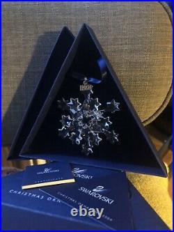 NIB Swarovski 2004 Christmas Star at Rockefeller Center Ornament Snowflake