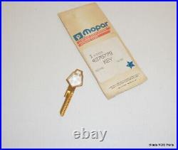 NOS MoPar 1981-1983 Imperial GOLD IGNITION KEY BLANK CRYSTAL ORNAMENT 4271220