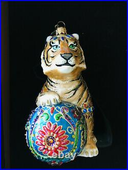 New in Box RARE Jay Strongwater Tiger with Ball Swarovski Crystal Ornament