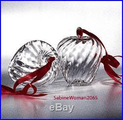 RARE NEW in BOX STEUBEN art glass HOLIDAY APPLE ornament crystal XMAS tree heart