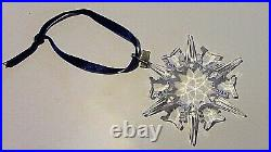 SWAROVSKI Annual Edition 2002 Large Star SNOWFLAKE Christmas Crystal Ornament