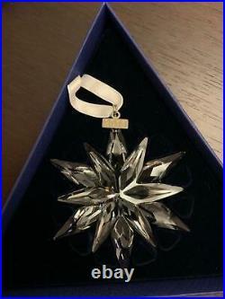 SWAROVSKI Annual Edition 2011 Large STAR Snowflake Christmas Crystal Ornament