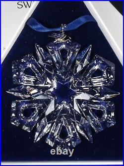 Swarovski Christmas ornament 1999 MIB #253913