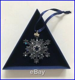 Swarovski Clear Crystal Christmas Snowflake Star 2004 Annual Ornament 820199