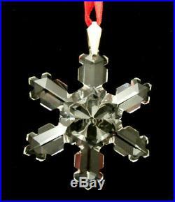 Swarovski Crystal 1992 Annual Snowflake Ornament Holiday Season Gift Christmas