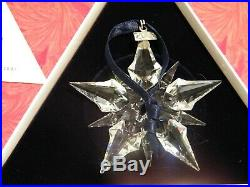 Swarovski Crystal 2001 Christmas Ornament Beautiful and still in the box