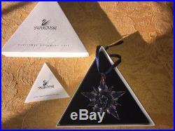 Swarovski Crystal 2001 Christmas Ornament EUC
