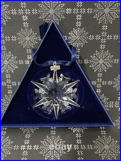 Swarovski Crystal 2002 Snowflake Star Annual Christmas Ornament +Box