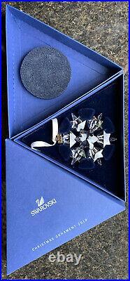 Swarovski Crystal 2010 Annual Christmas Tree Ornament Snowflake Star Large