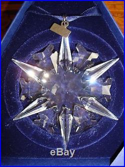 Swarovski Crystal Annual Edition 2002 Christmas Ornament 288802