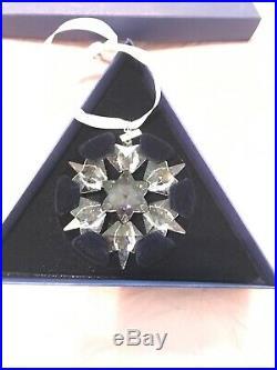 Swarovski Crystal Snowflake Christmas Oranment Dated 2010 with Original Box