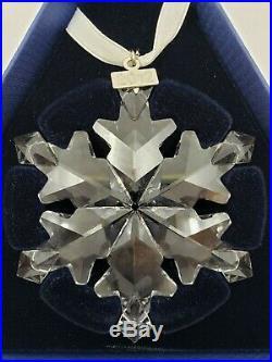 Swarovski Crystal Snowflake Christmas Oranment Dated 2012 with Original Box