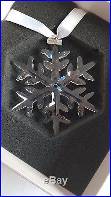 Swarovski, Unicef Snowflake Christmas Ornament Lim-Ed 2009. Art No 1028874