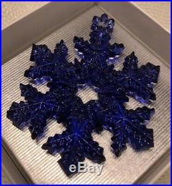 Vera Wang Wedgwood 2005 Annual Christmas Ornament Blue Snowflake Perfect NIB